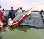 Нажмите на изображение для увеличения Название: Crash_plane_into_car_For_Anton.jpg Просмотров: 235 Размер:53.7 Кб ID:76694