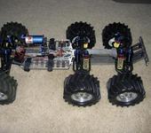 Нажмите на изображение для увеличения Название: 6WD_Emaxx_2007.jpg Просмотров: 822 Размер:111.9 Кб ID:138850