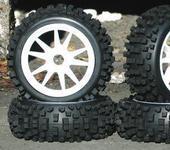 Нажмите на изображение для увеличения Название: NIB Big-Blocks WS Pre-Mounted 1.8 Buggy Tires Glued.JPG Просмотров: 22 Размер:27.2 Кб ID:220163