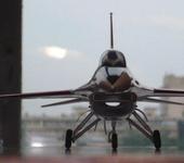 Нажмите на изображение для увеличения Название: F-16 003m.jpg Просмотров: 157 Размер:56.6 Кб ID:367034