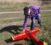 Нажмите на изображение для увеличения Название: Самолет фото 12 сентября 2012 Александр с Эджиком.jpg Просмотров: 12 Размер:21.8 Кб ID:690943