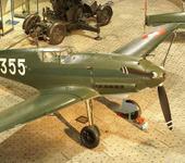 Нажмите на изображение для увеличения Название: 800px-Swiss_Messerschmitt_Bf_109-E3_top_left_view.jpg Просмотров: 183 Размер:121.2 Кб ID:741904