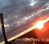 Нажмите на изображение для увеличения Название: Изик на закате.jpg Просмотров: 12 Размер:32.6 Кб ID:931850