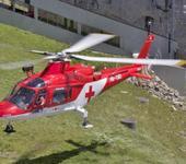 Нажмите на изображение для увеличения Название: Pilatus_Agusta_A109_schwebend.jpg Просмотров: 50 Размер:81.6 Кб ID:960965