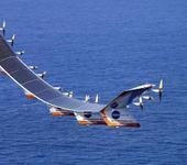 Нажмите на изображение для увеличения Название: 1024px-Helios_in_flight.jpg Просмотров: 6 Размер:77.4 Кб ID:1089908
