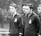 Нажмите на изображение для увеличения Название: Сборная команда Ленинграда,1970. — Ларионов. Зуев . Пер.jpg Просмотров: 166 Размер:32.0 Кб ID:1305446