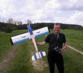 Нажмите на изображение для увеличения Название: Самолет фото 30 мая 2012 я с Чирком.jpg Просмотров: 74 Размер:24.2 Кб ID:673228